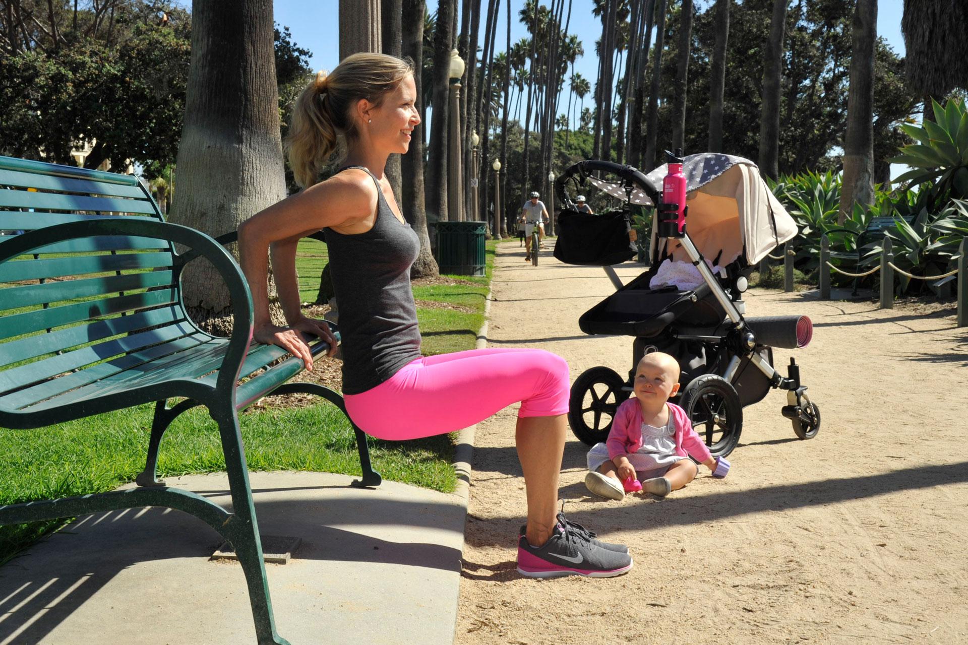 womaninmotion_bewegung_Mama-Baby-Outdoor-Workout
