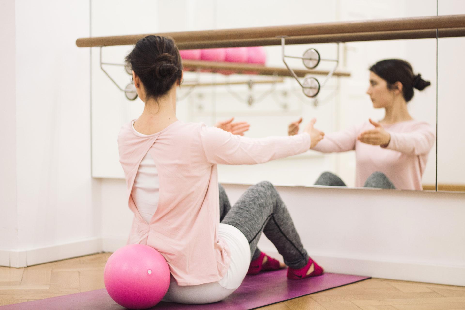 womaninmotion_bewegung_pilates-frau